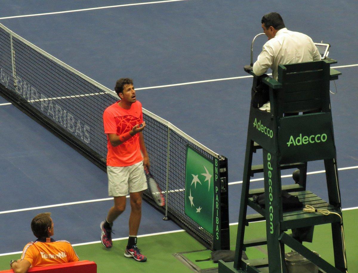 قوانین تنیس - علی نیلی - داور تنیس