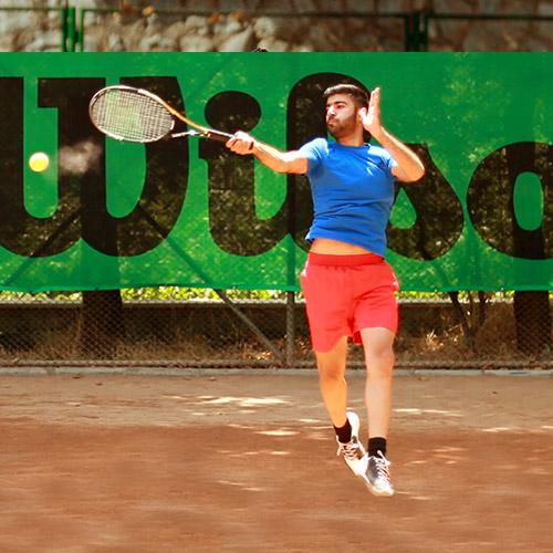 آموزش تنیس برای نوجوانان و بزرگسالان